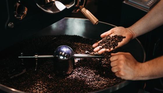 以咖啡果副產物釀造香氣濃郁的優質伏特加